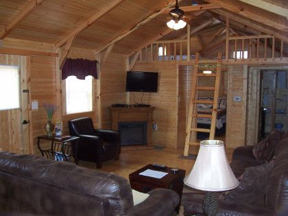 Big-Leaf-Cabin-Living-Area